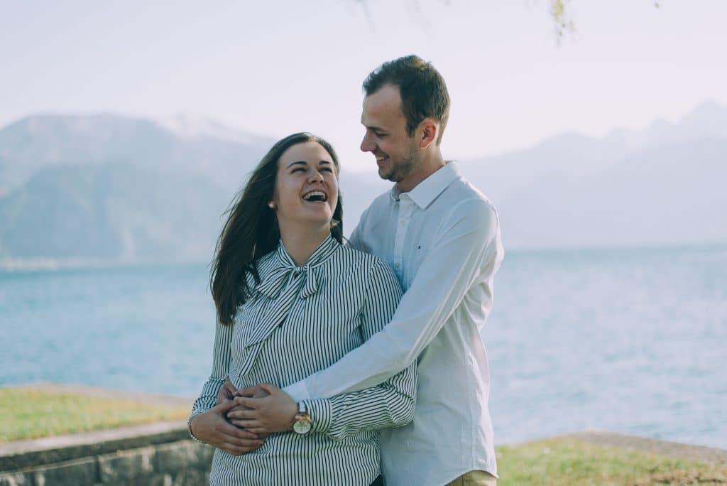 Fotoshooting für Verliebte am See