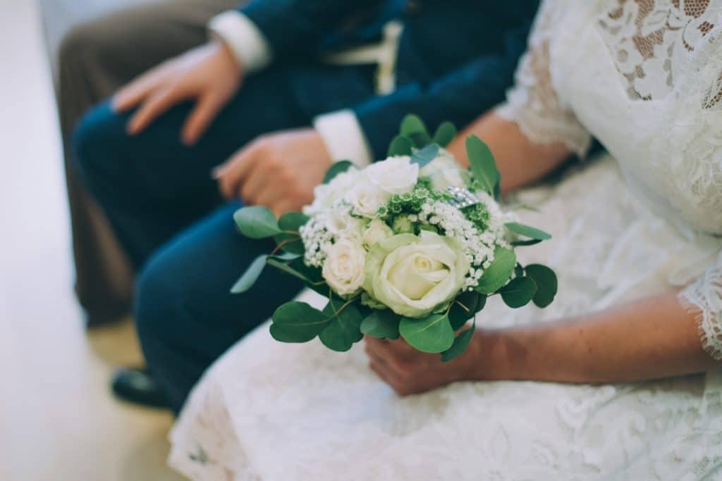 Brautstrauß am Standesamt