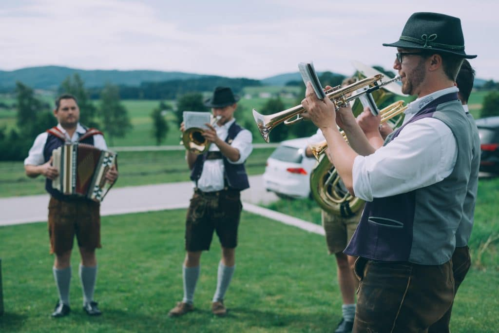 Musiker der Hausruck Banda bei Brautempfang