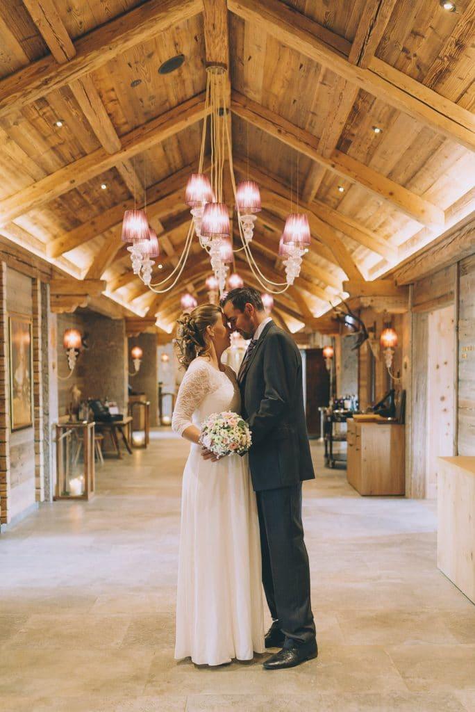 Brautpaar im Hotel Cocoon Alpenrose in Maurach am Achensee