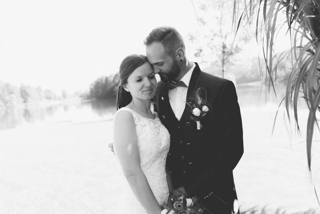 Brautpaar am Reintalersee im Tiroler Unterland