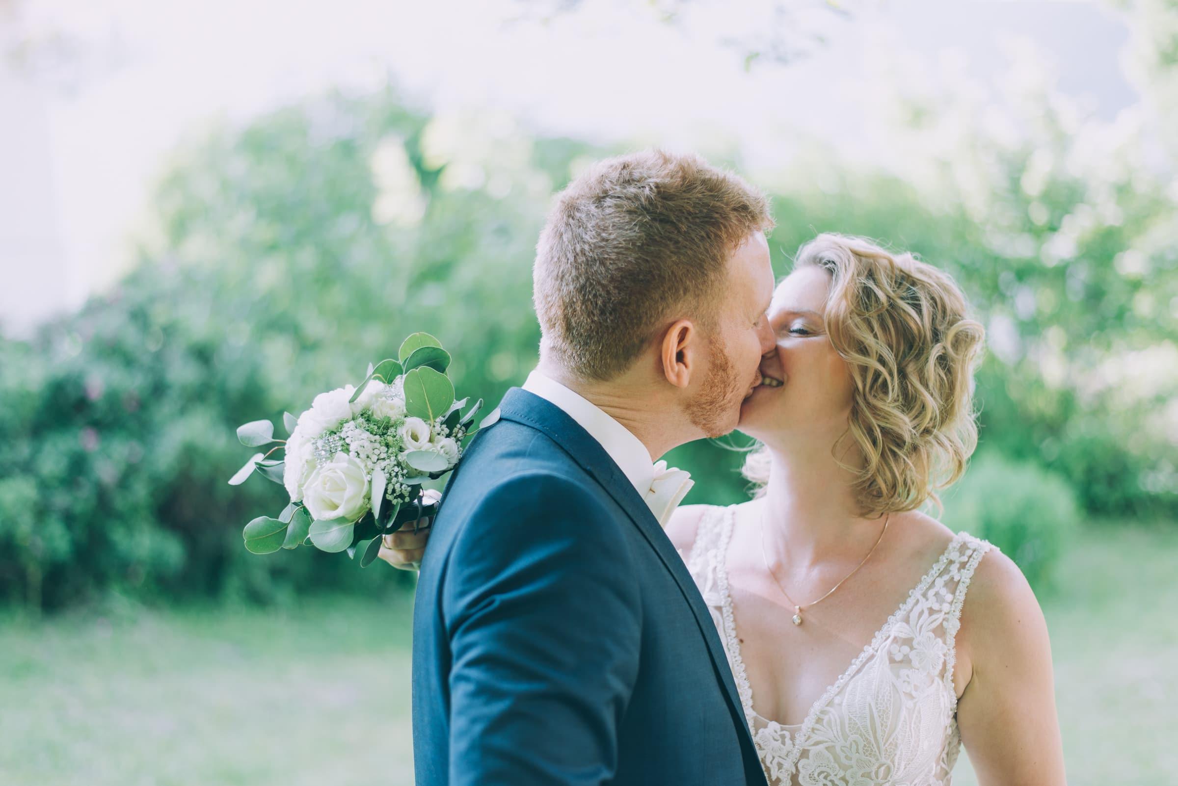 Brautpaar im Schloßgarten